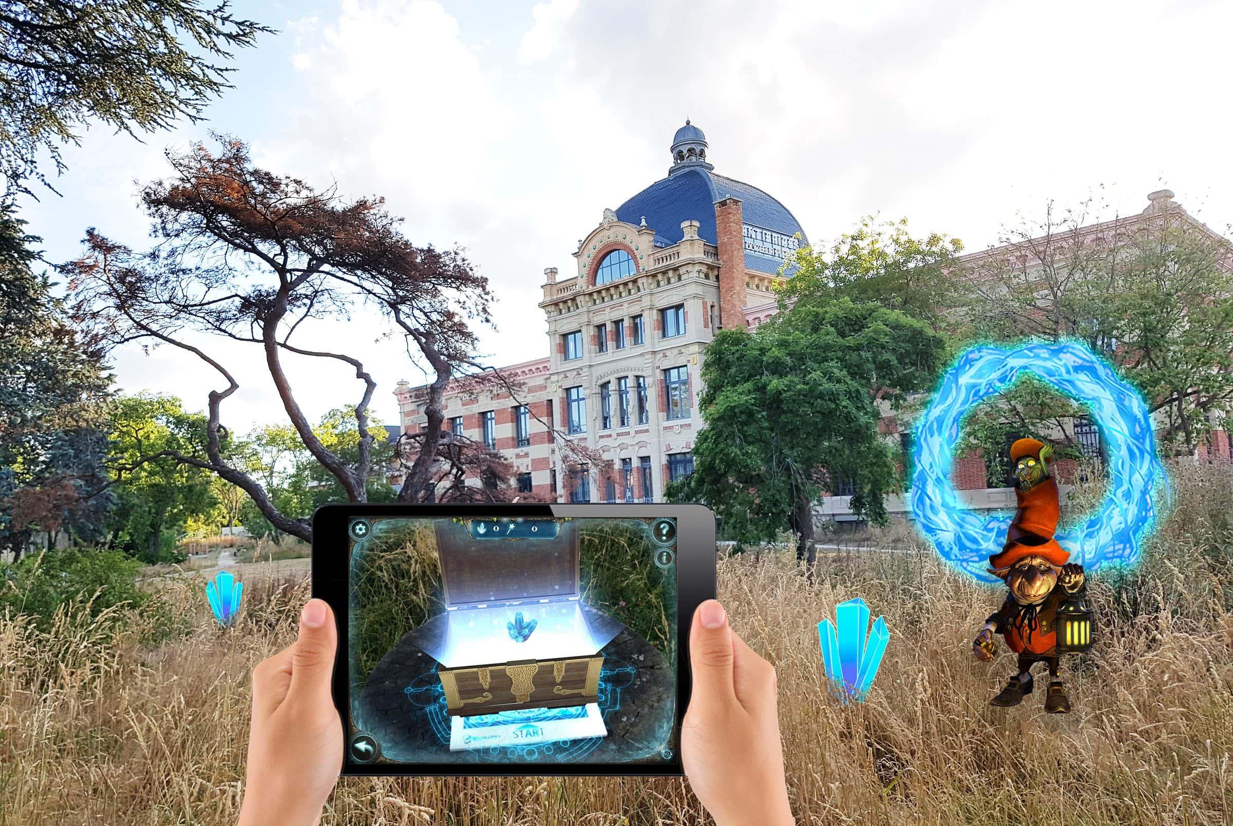 Activité de l'escape game en extérieur, armé d'une tablette : le portail magique.